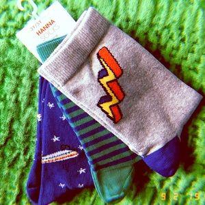 NWT set of 3 3-5y skateboard & lightning socks
